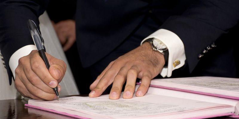 Услуги перевода документов с нотариальным заверением